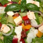 chopped salad chicken
